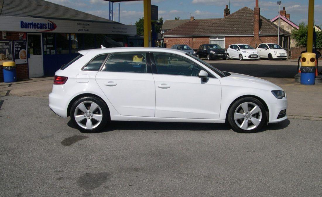 Audi A3 White 007