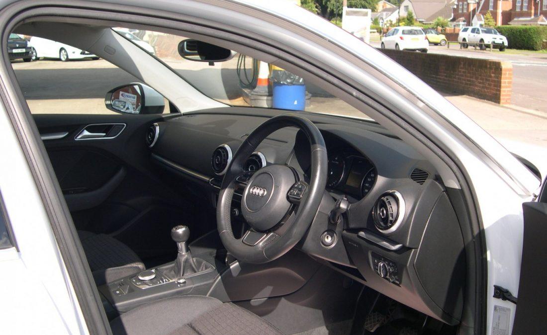 Audi A3 White 014