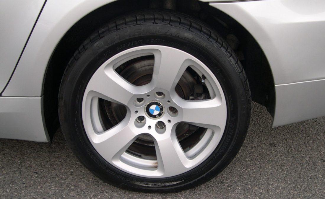 BMW 5 SERIES 009