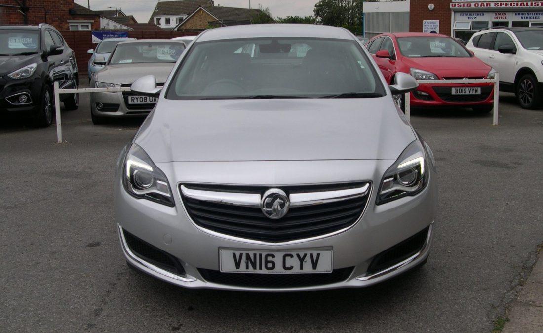 Vauxhall Insignia 2016 003