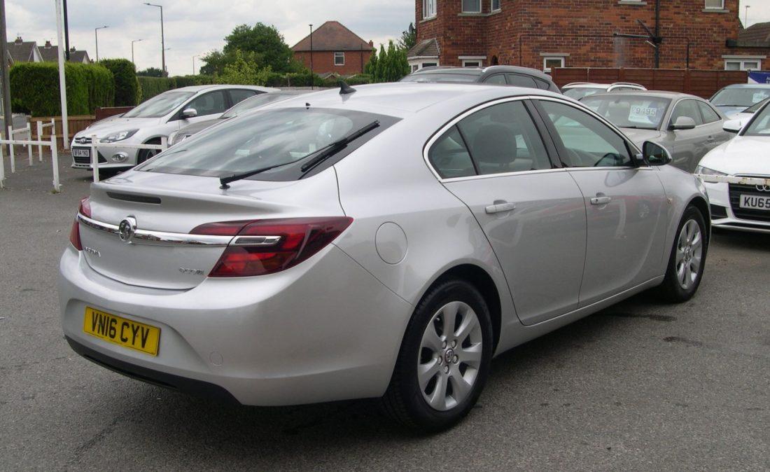 Vauxhall Insignia 2016 006