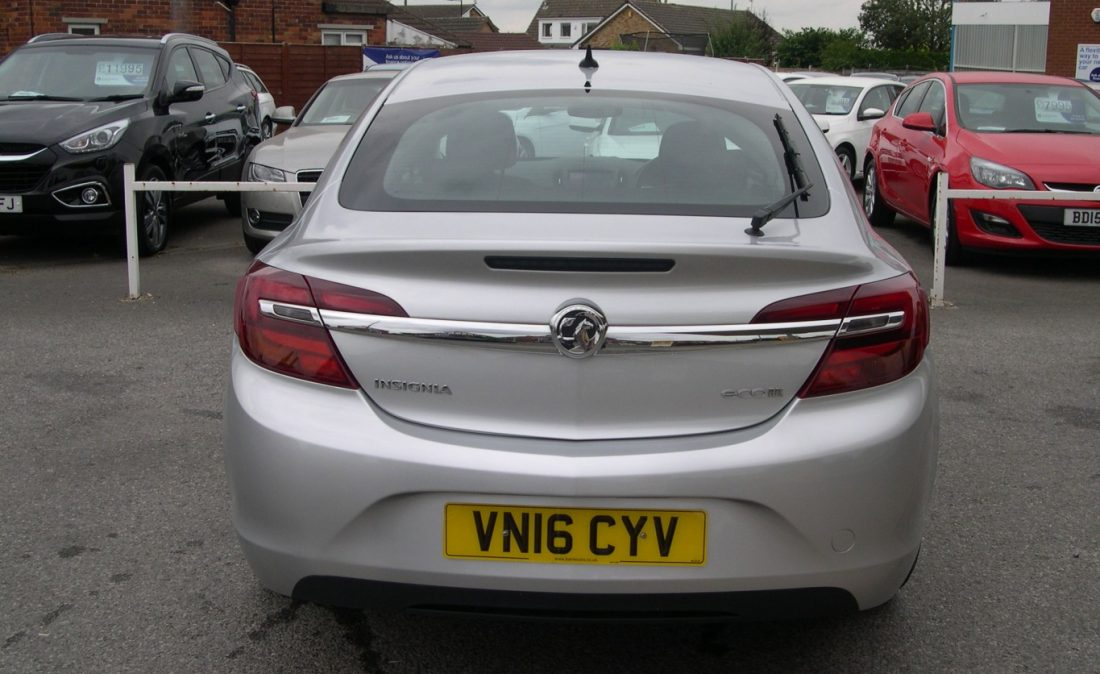 Vauxhall Insignia 2016 007