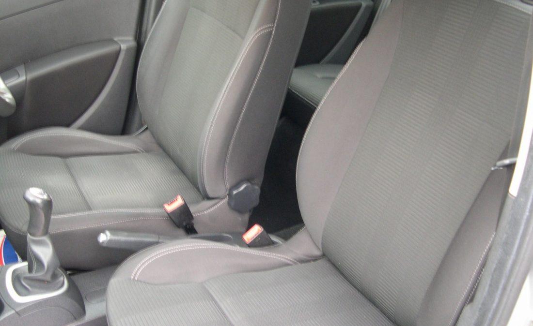Clio Dynamique 2010 012